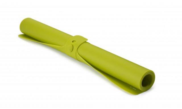 Silikónová podložka JOSEPH JOSEPH Roll-up ™, zelená